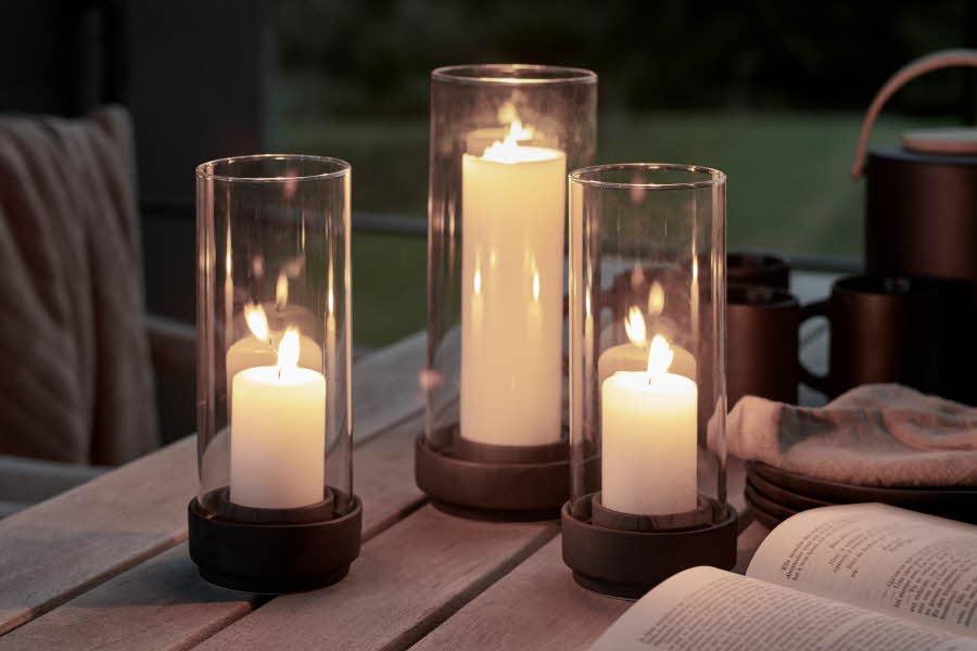 Lyslukter med kubbelys i