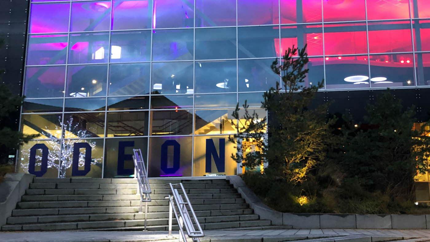 Fasaden på Odeon kino på Sotra
