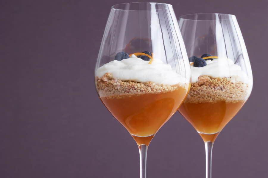 Cabarnet glass med dessert i