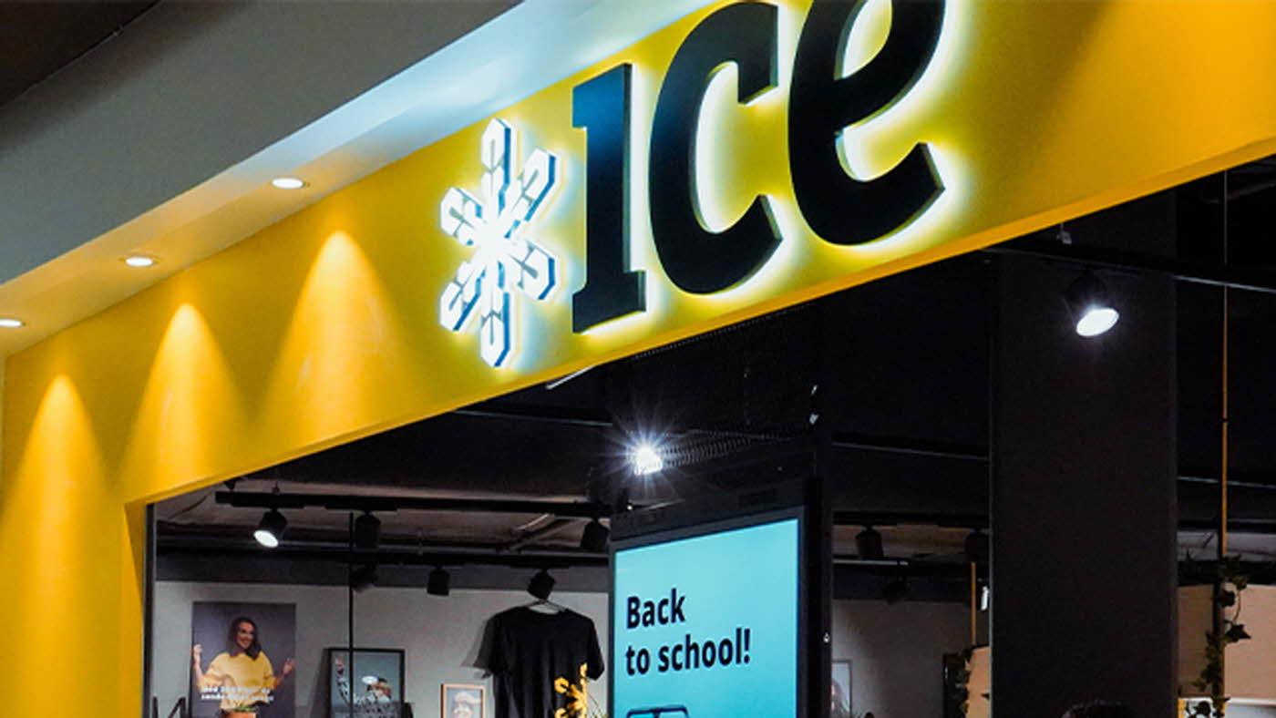 Viser fasade på ice-butik
