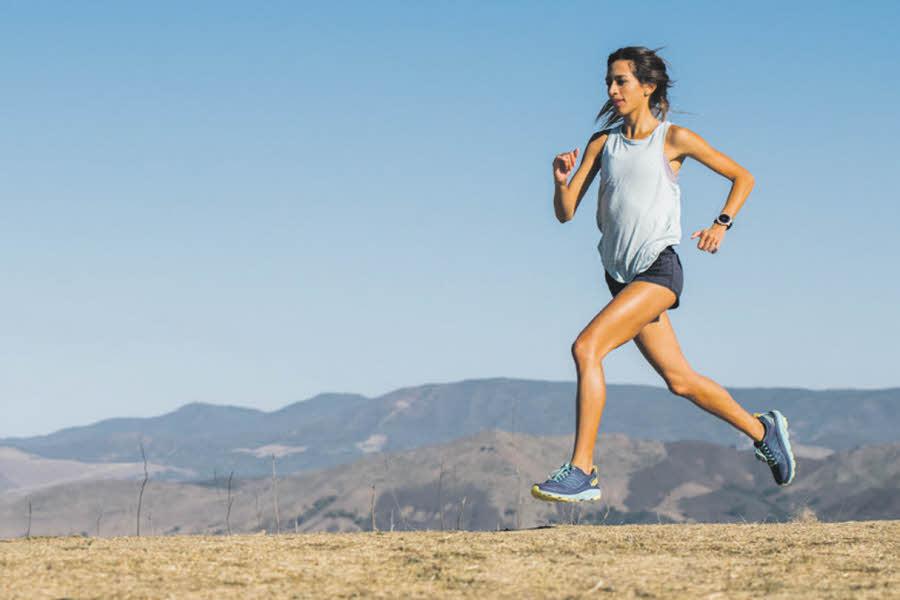 dame som løper